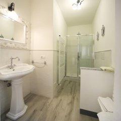 Отель Fabio Apartments Италия, Сан-Джиминьяно - отзывы, цены и фото номеров - забронировать отель Fabio Apartments онлайн ванная фото 2