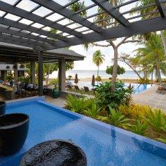 Отель Yasawa Island Resort & Spa бассейн