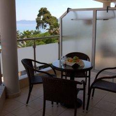 Отель Hanioti Grandotel Греция, Ханиотис - 3 отзыва об отеле, цены и фото номеров - забронировать отель Hanioti Grandotel онлайн балкон