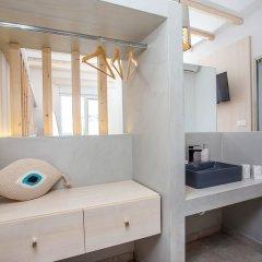 Отель Alexander Studios & Suites - Adults Only комната для гостей фото 11