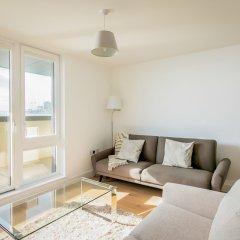 Отель Rethink Living - Luxury Brighton Marina комната для гостей