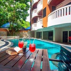 Отель Rattana Hill Патонг бассейн фото 3