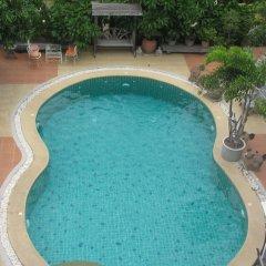Апартаменты Baan Klang Noen Apartment Паттайя бассейн фото 2