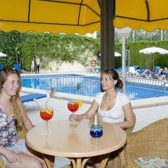 Отель Amoros бассейн фото 3