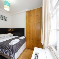 Отель Studios 2 Let North Gower комната для гостей фото 2