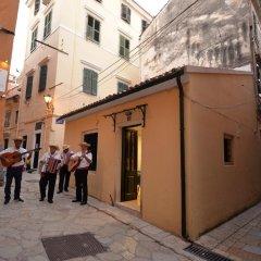 Отель Charming Venetian Town House in the Old Town of Corfu фото 4