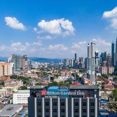 Отель Hilton Garden Inn Kuala Lumpur Jalan Tuanku Abdul Rahman South балкон