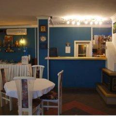 Отель Sunrise Guest House Болгария, Балчик - отзывы, цены и фото номеров - забронировать отель Sunrise Guest House онлайн гостиничный бар