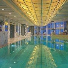 Отель Grand Hyatt Shanghai бассейн