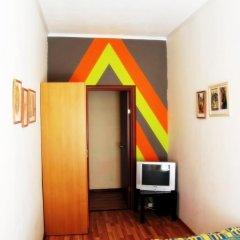 Hostel Ra сейф в номере