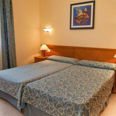 Отель Apartamentos Lux Mar Испания, Ивиса - отзывы, цены и фото номеров - забронировать отель Apartamentos Lux Mar онлайн комната для гостей фото 5