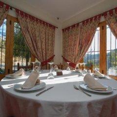 Отель La Higuera Испания, Гуэхар-Сьерра - отзывы, цены и фото номеров - забронировать отель La Higuera онлайн помещение для мероприятий