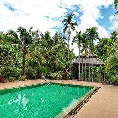 Отель Mae Nai Gardens бассейн