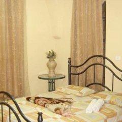 New Petra Hostel Израиль, Иерусалим - 2 отзыва об отеле, цены и фото номеров - забронировать отель New Petra Hostel онлайн балкон