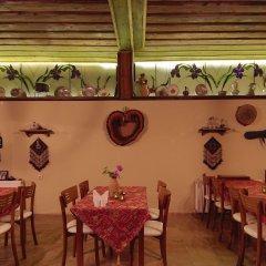 Jerveni Cave Hotel питание
