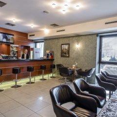 Отель Business Hotel Vega Wroclaw Польша, Вроцлав - отзывы, цены и фото номеров - забронировать отель Business Hotel Vega Wroclaw онлайн гостиничный бар