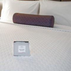 Отель Crowne Plaza Times Square Manhattan США, Нью-Йорк - отзывы, цены и фото номеров - забронировать отель Crowne Plaza Times Square Manhattan онлайн сейф в номере