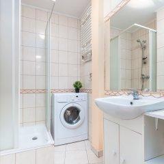 Отель Little Home - Alice Польша, Варшава - отзывы, цены и фото номеров - забронировать отель Little Home - Alice онлайн ванная фото 2