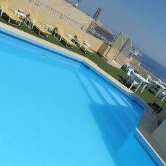 Carlton Hotel бассейн