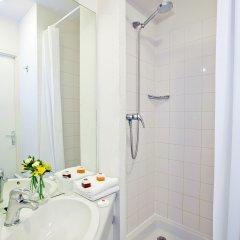 Отель Sejours & Affaires Paris-Ivry Франция, Иври-сюр-Сен - 4 отзыва об отеле, цены и фото номеров - забронировать отель Sejours & Affaires Paris-Ivry онлайн ванная фото 2