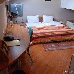 Апартаменты Car - Royal Apartments Нови Сад комната для гостей