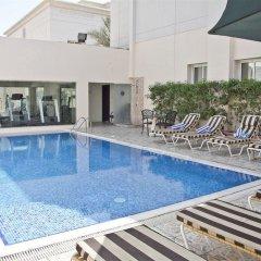 Отель Regent Beach Resort ОАЭ, Дубай - 10 отзывов об отеле, цены и фото номеров - забронировать отель Regent Beach Resort онлайн бассейн фото 3