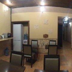 Гостиница Nevsky House в Санкт-Петербурге 9 отзывов об отеле, цены и фото номеров - забронировать гостиницу Nevsky House онлайн Санкт-Петербург гостиничный бар
