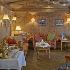 Отель Swiss Alpine Hotel Allalin Швейцария, Церматт - отзывы, цены и фото номеров - забронировать отель Swiss Alpine Hotel Allalin онлайн питание