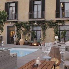 Отель Oasis Испания, Барселона - 5 отзывов об отеле, цены и фото номеров - забронировать отель Oasis онлайн бассейн