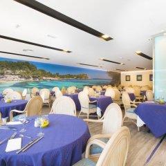 Отель Agua Beach Испания, Пальманова - отзывы, цены и фото номеров - забронировать отель Agua Beach онлайн гостиничный бар