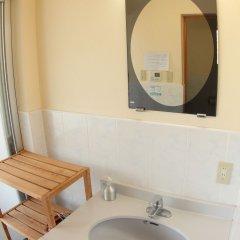 Отель Cottage Seaside Центр Окинавы ванная