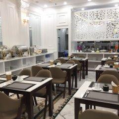 Отель Hanoi Legacy Hotel - Hoan Kiem Вьетнам, Ханой - отзывы, цены и фото номеров - забронировать отель Hanoi Legacy Hotel - Hoan Kiem онлайн питание фото 2