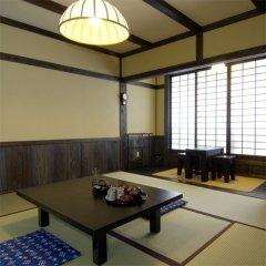 Отель Kurokawa Onsen Yama No Yado Shinmeikan Минамиогуни фото 3