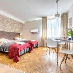 Апартаменты P And O Apartments Lipowa Варшава комната для гостей фото 3