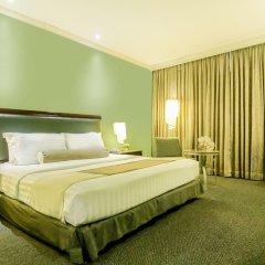 Makati Palace Hotel комната для гостей фото 3