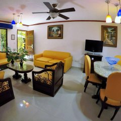 Отель Las Golondrinas Плая-дель-Кармен комната для гостей