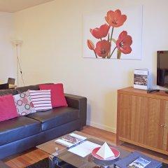 Отель Dreamhouse Holyrood Apartments Великобритания, Эдинбург - отзывы, цены и фото номеров - забронировать отель Dreamhouse Holyrood Apartments онлайн комната для гостей фото 4