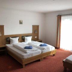 Отель Gästehaus Edinger комната для гостей фото 4