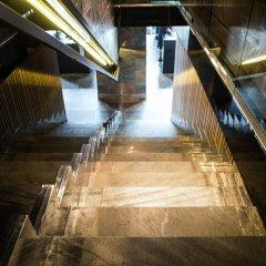 Дизайн-отель 11 Mirrors Киев приотельная территория