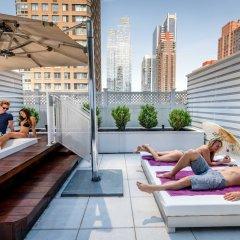 Отель Yotel New York at Times Square бассейн