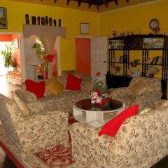 Отель PinkHibiscus Guest House интерьер отеля фото 2