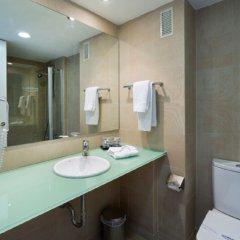 Отель Medplaya Hotel Calypso Испания, Салоу - отзывы, цены и фото номеров - забронировать отель Medplaya Hotel Calypso онлайн ванная фото 2