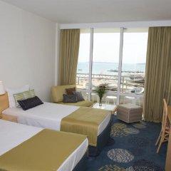 Отель Globus - Half Board Болгария, Солнечный берег - отзывы, цены и фото номеров - забронировать отель Globus - Half Board онлайн комната для гостей фото 5