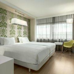 Отель NH Amsterdam Zuid 4* Стандартный номер с различными типами кроватей фото 8