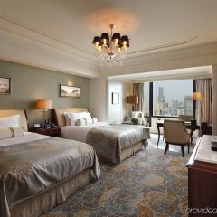 Отель Waldorf Astoria Shanghai on the Bund комната для гостей фото 4