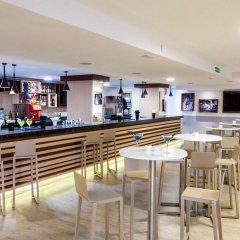 Отель Tagoro Family & Fun Costa Adeje - All Inclusive гостиничный бар