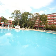 Апартаменты Menada Zornitsa Apartments бассейн
