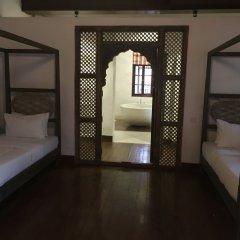 Отель Fort Square Boutique Villa Шри-Ланка, Галле - отзывы, цены и фото номеров - забронировать отель Fort Square Boutique Villa онлайн комната для гостей фото 2