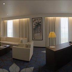 Отель Crowne Plaza Abu Dhabi Yas Island комната для гостей фото 5