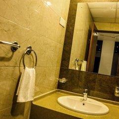 Отель Golden Pier City Hotel Шри-Ланка, Коломбо - отзывы, цены и фото номеров - забронировать отель Golden Pier City Hotel онлайн ванная